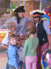Клоуны, аниматоры, аквагримм!!!День рождения на Ура!!!