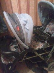 Продам коляску для двойняшек или погодок