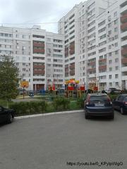 Продаю трехкомнатную квартиру ул. Кулакова,  2