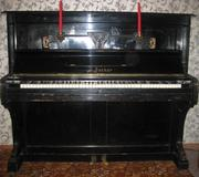 Продам антикварное фортепиано  J. Becker